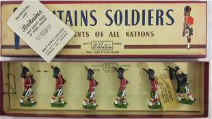 Britains Set #77 Gordon Highlanders And Piper.