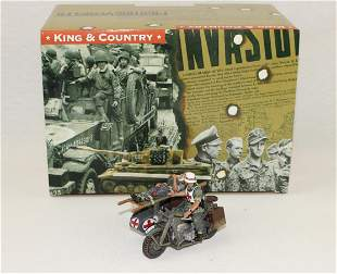 King & Country #WS097 Motorcycle Ambulance