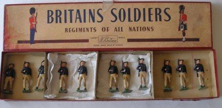 Britains From Set #169 Italian Bersaglieri in Box