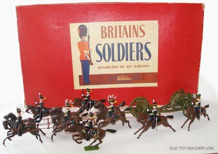 10: Britains Set # 39 Royal Horse Artillery Gun Team