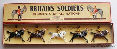 12: Britains Set # 47 Skinners Horse -Box