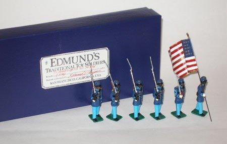 1007: Edmunds 54th Mass. Sergeant, flag - Box