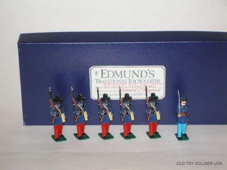 1013: Edmunds 33rd Colored SC Union Infantry - Box