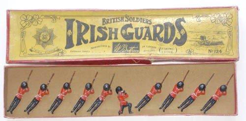 18: Britains Set # 124 Irish Guards Lying Firing