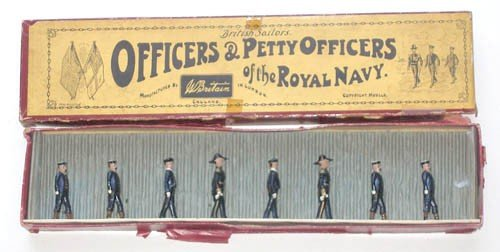 23: Britains Set # 207 Officers & Petty Officers Royal