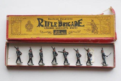 4: Britains Set # 9 Rifle Brigade at the Slope.