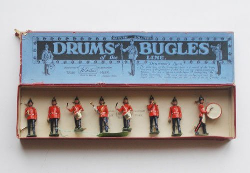 10: Britains Set # 30 Drums and Bugles of the Line
