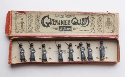 12: Britains Set # 34 Grenadier Guards Box