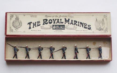 13: Britains Set # 35 Royal Marines at the Slope
