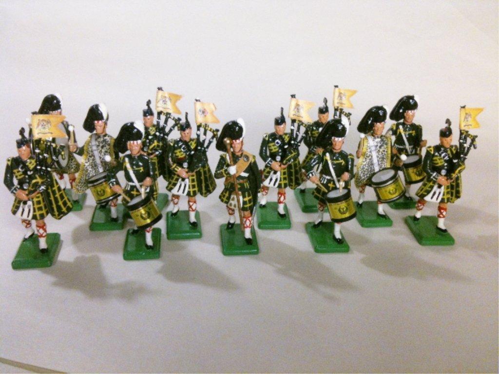 Britains Set # 28 Hamleys L.E. Gordon Highlanders