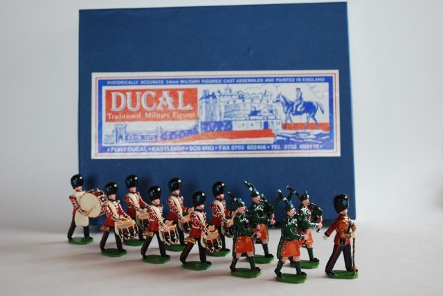 Ducal Irish Guards Pipe Band