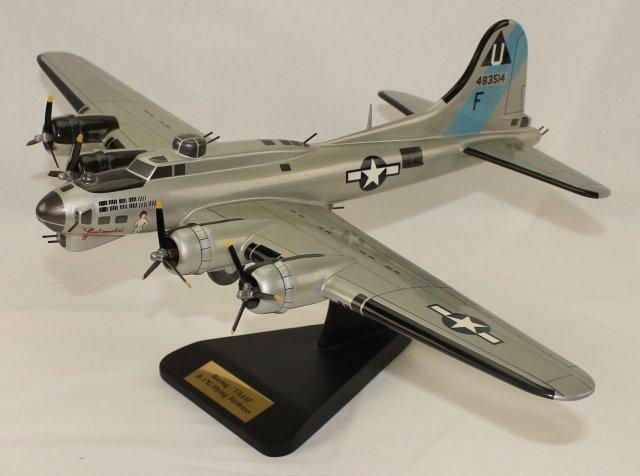 Toys & Model Corps Model Airplane B-17 Bomber