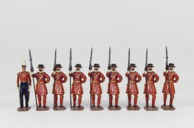 Britain Set #1257 Yeoman Of The Guard With Officer