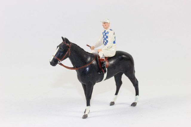 Britains RC163 Racing Colours Gain Hoy Stables