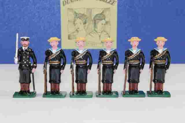 Marlborough J6A Lining The Route: Sailors