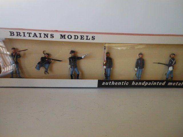 Britains set #9187 Union Infantry