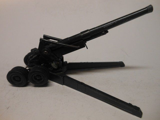 Britains from set #2064 the 155 mm Gun