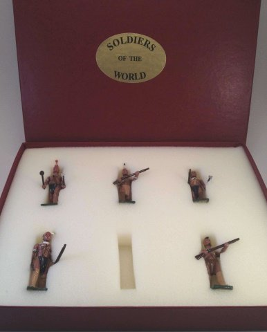 Soldiers Of The World EA-4 Walking Set