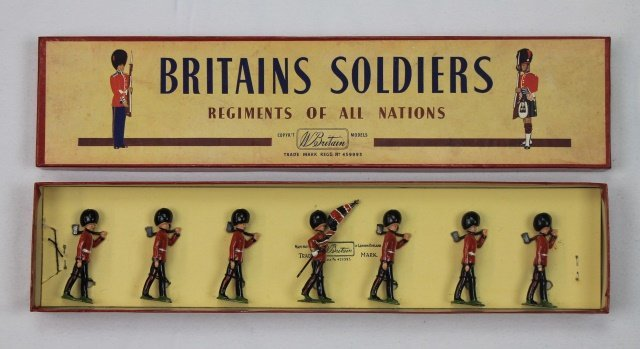 Britains Set #82 Scots Guards and Pioneers