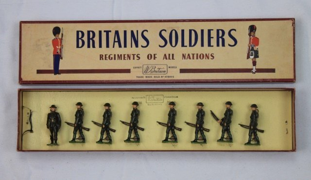 Britains Set #195 Infantry in Steel Helmets