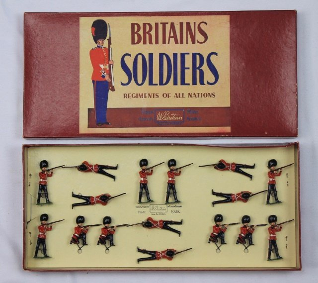 Britains Set #1327 Grenadier Guards Display