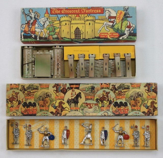 LOT Crescent Knights and Castle Sets