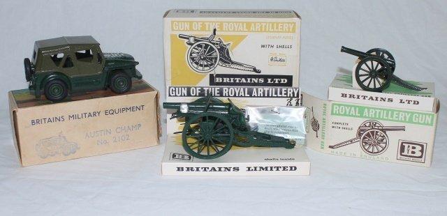 LOT Britains Set #2102 Austin Champ and Guns