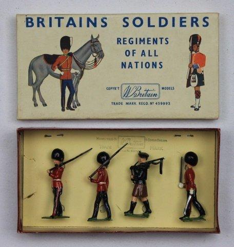 Britains Half Set #2123 Irish Guards
