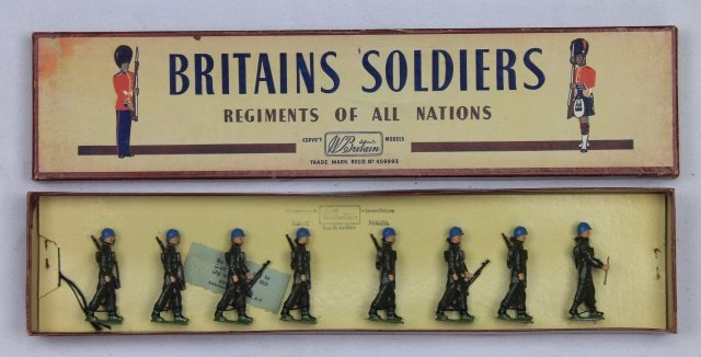 Britains Set #2155 United Nations Infantry
