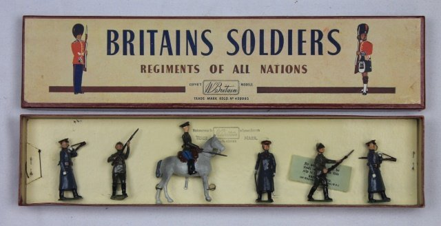 Britains Set #2187 Red Army in Greatcoats