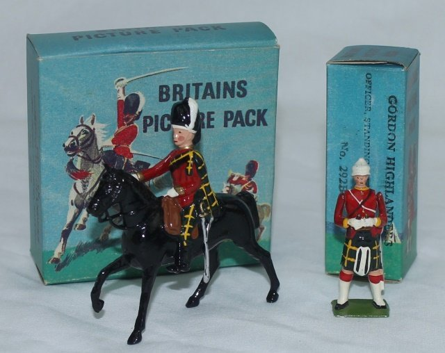 LOT Britains Picture Packs Gordon Highlanders