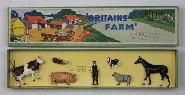 Britains Farm Set #36F Farmyard Display