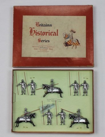 Britains Set #1307 Knight in Armor