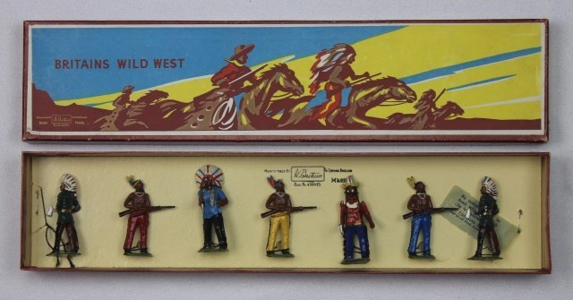 Britains Set #150 Indians on Foot