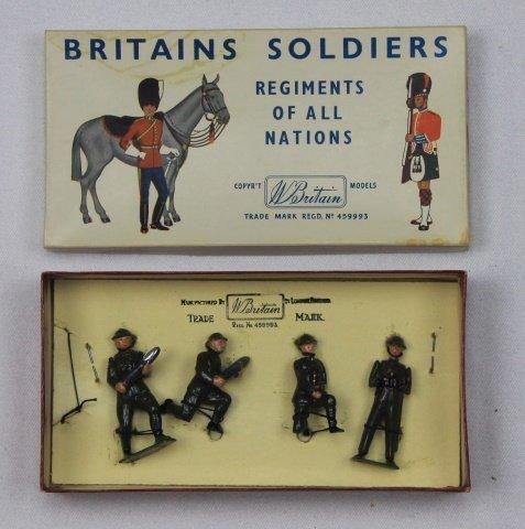 Britains Half Set #2129 Gun Detachment
