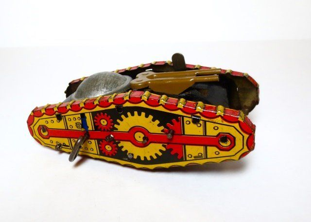 Marx Midget Climbing Tank Wind-up Tin Toy