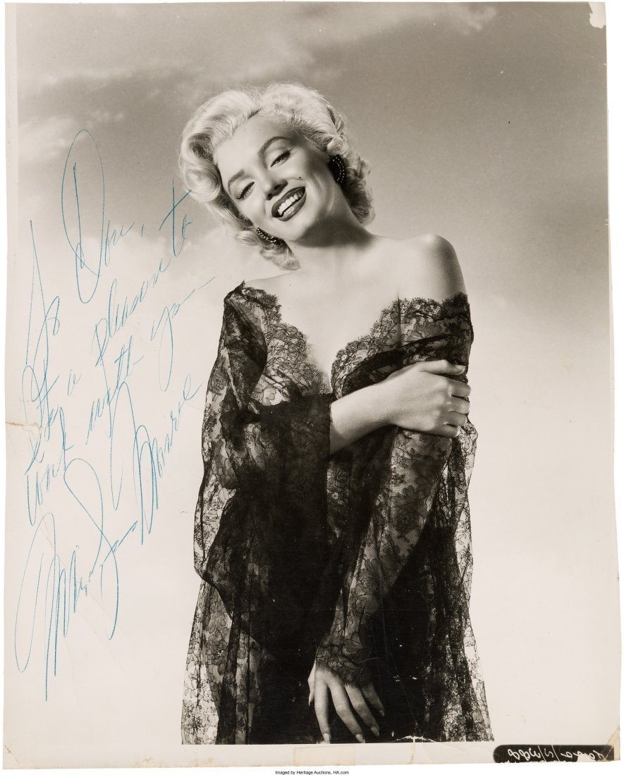 89002: A Marilyn Monroe Signed Black and White Photogra