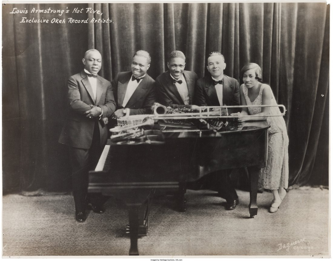 89469: Louis Armstrong Signed Photographs And Early Pho - 3