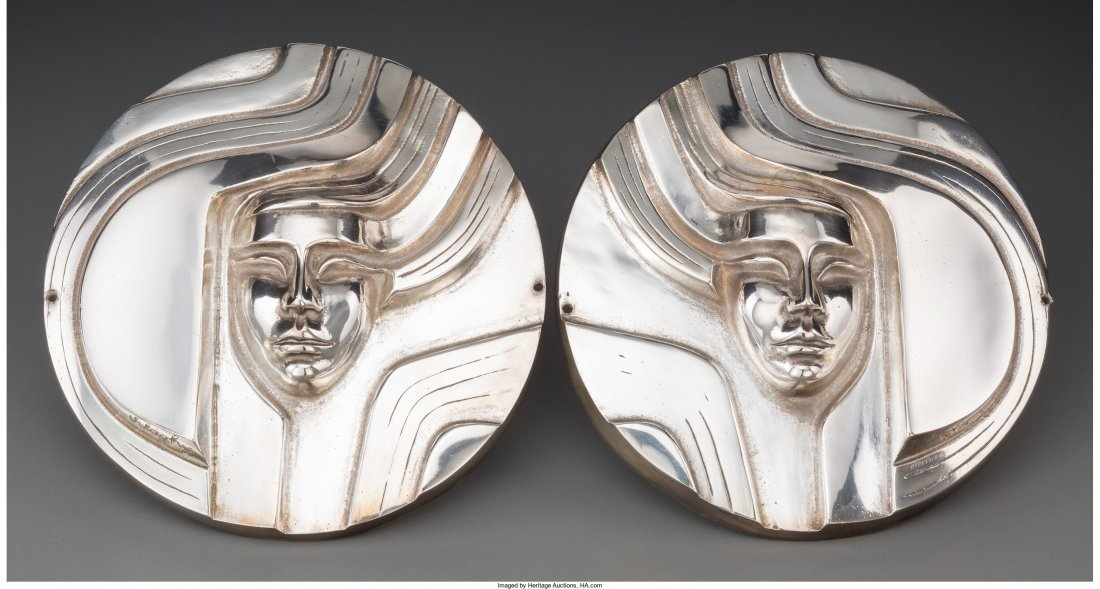 65114: A Pair of Secessionist Silvered Metal Plaques, e