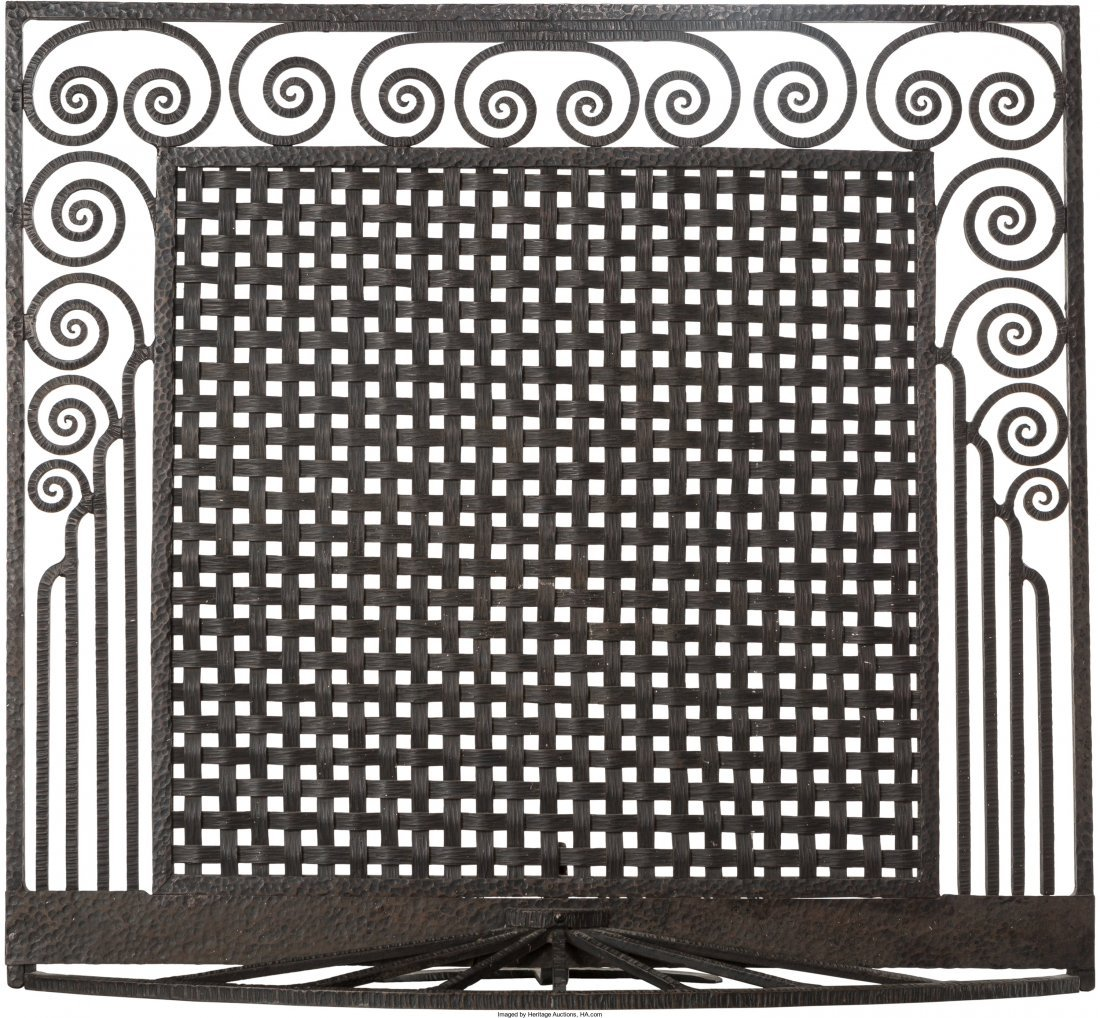 65156: An Art Deco Wrought Iron Firescreen in the Style