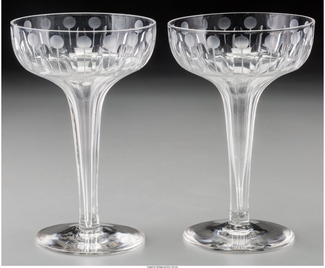 65619: A Set of Six Cut-Glass and Intaglio Champagne Co