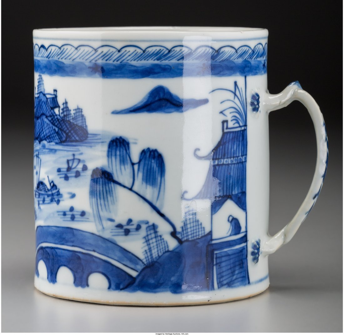 78110: A Chinese Blue and White Porcelain Mug, Qing Dyn