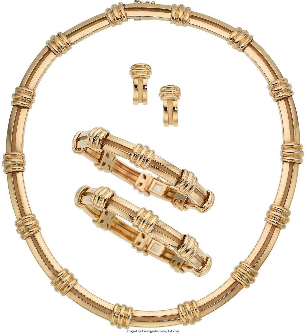 55006: Gold Jewelry Suite, Tiffany & Co.   The 18k gold