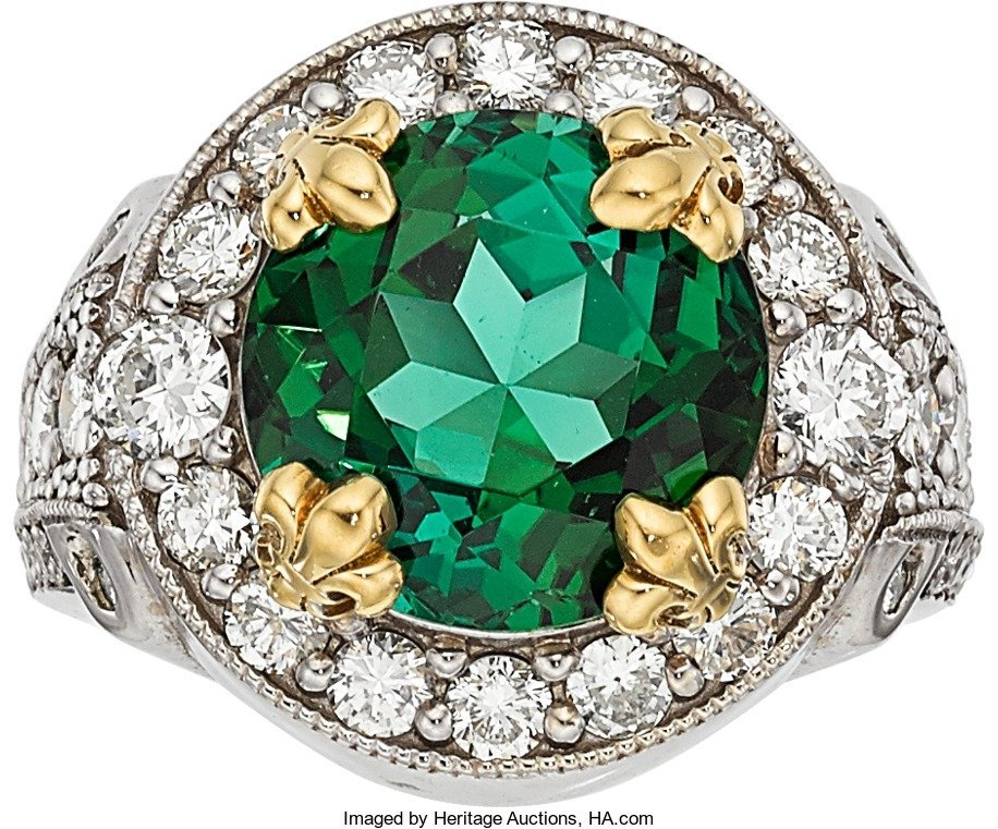 55021: Green Tourmaline, Diamond, Gold Ring  The ring f