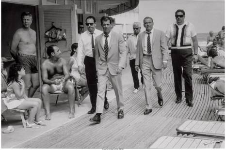 73244: Terry O'Neill (British, 1938) Frank Sinatra and