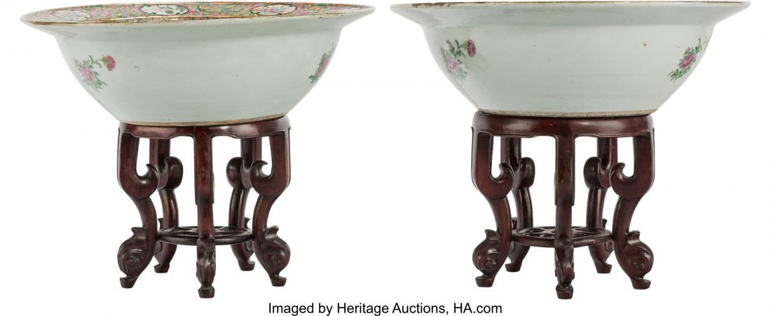 61829: A Pair of Chinese Export Rose Medallion Porcelai - 2