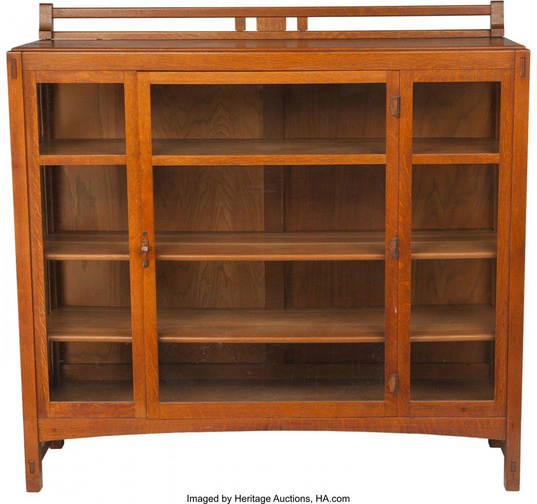 61982: A Limbert Arts & Crafts Oak and Glazed China Cab