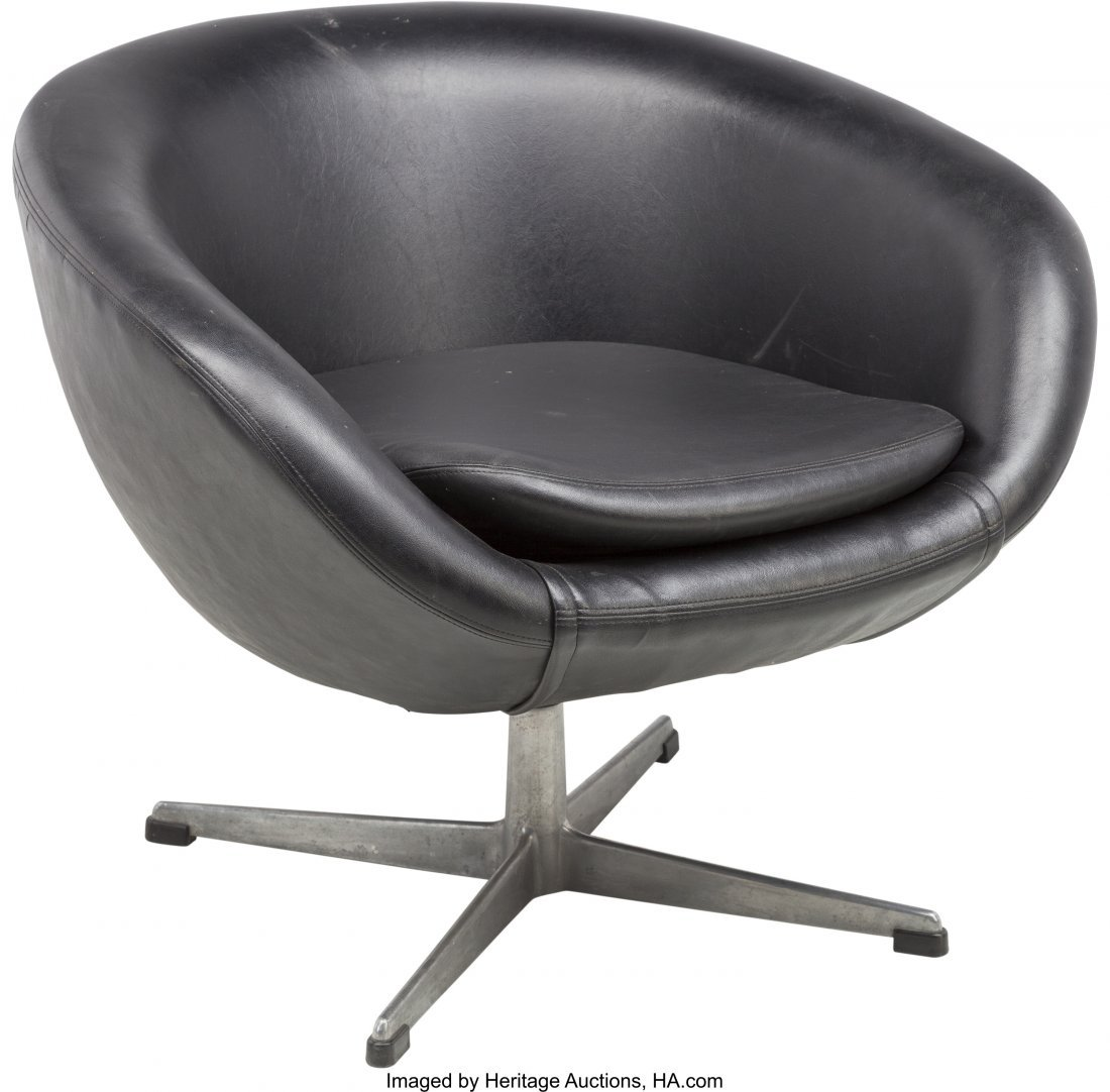 62248: An Overman AB Black Leather and Aluminum Lounge