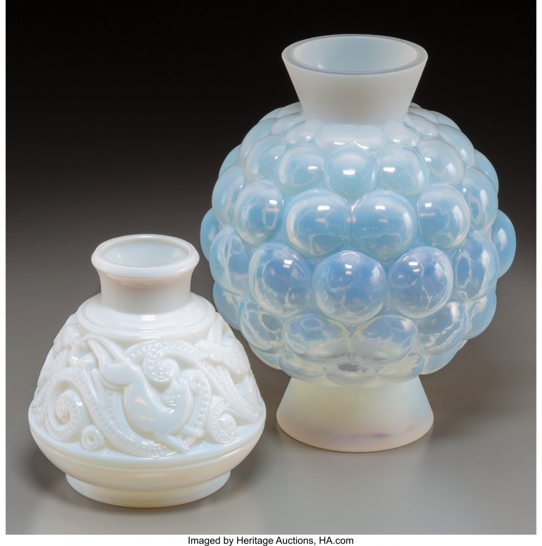 62272: Two Pierre d'Avesn Opalescent Glass Vases 11 inc - 2