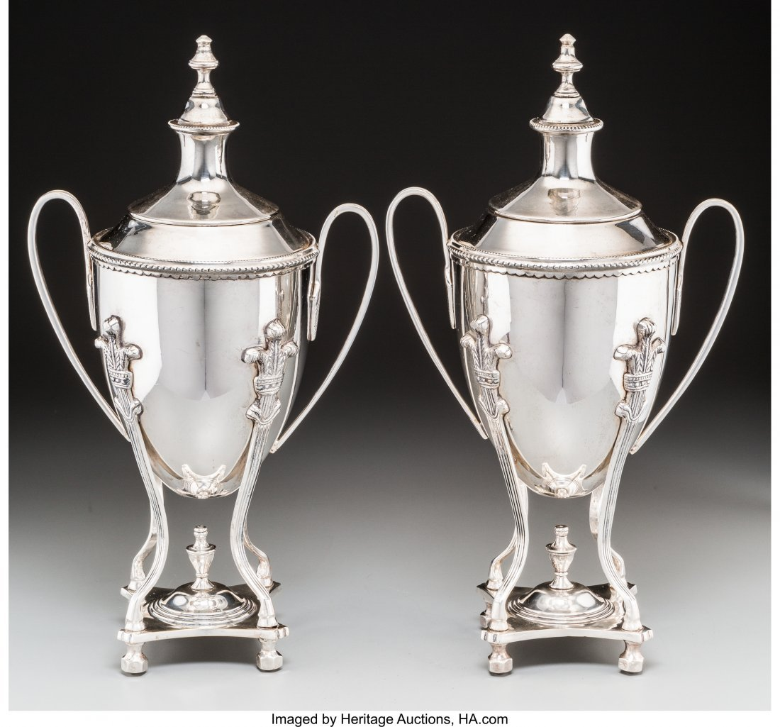63629: A Pair of Silver-Plated Covered Urns, 20th centu - 2